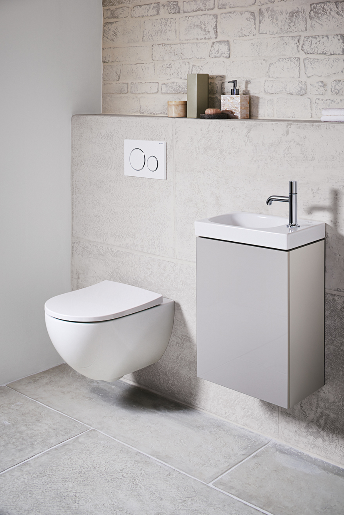 Geberit in-wall flush toilet tank systems for wall-hung toilets ...