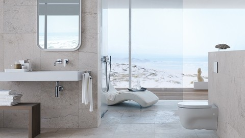 Bathroom with actuator plate Geberit Sigma70