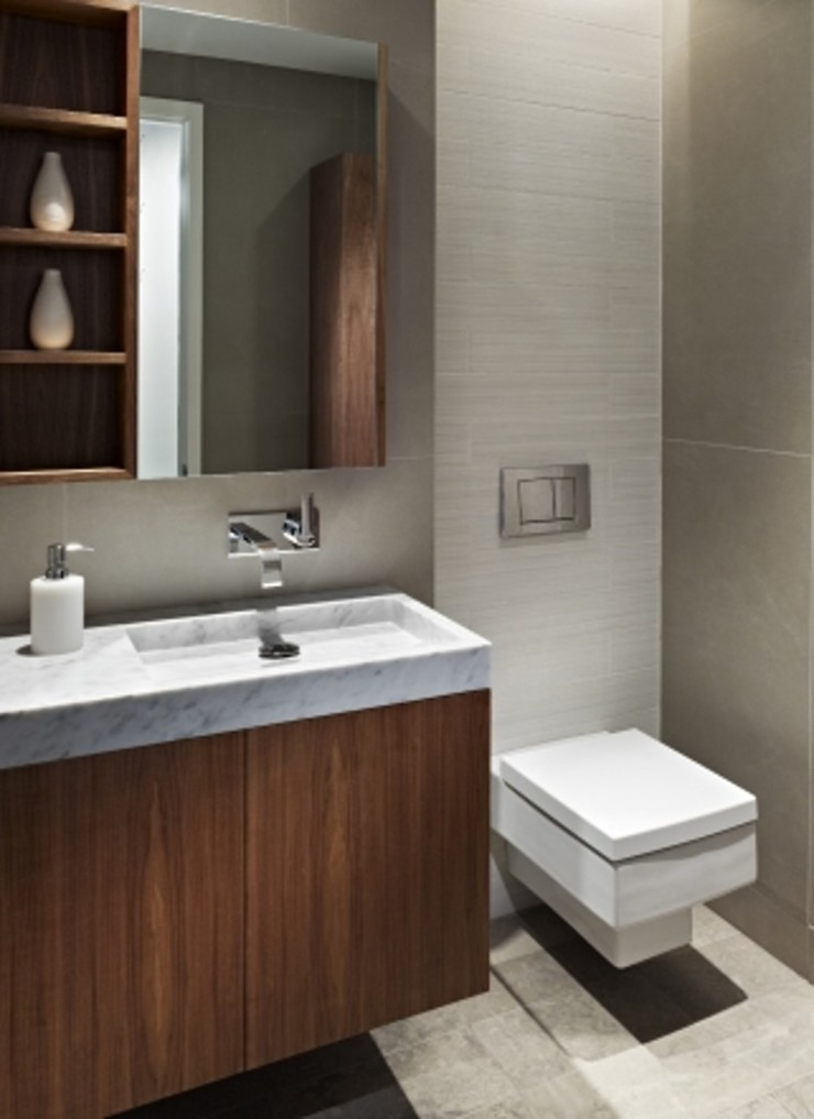 Society Hill Townhouse Bathroom by Kevin Yoder